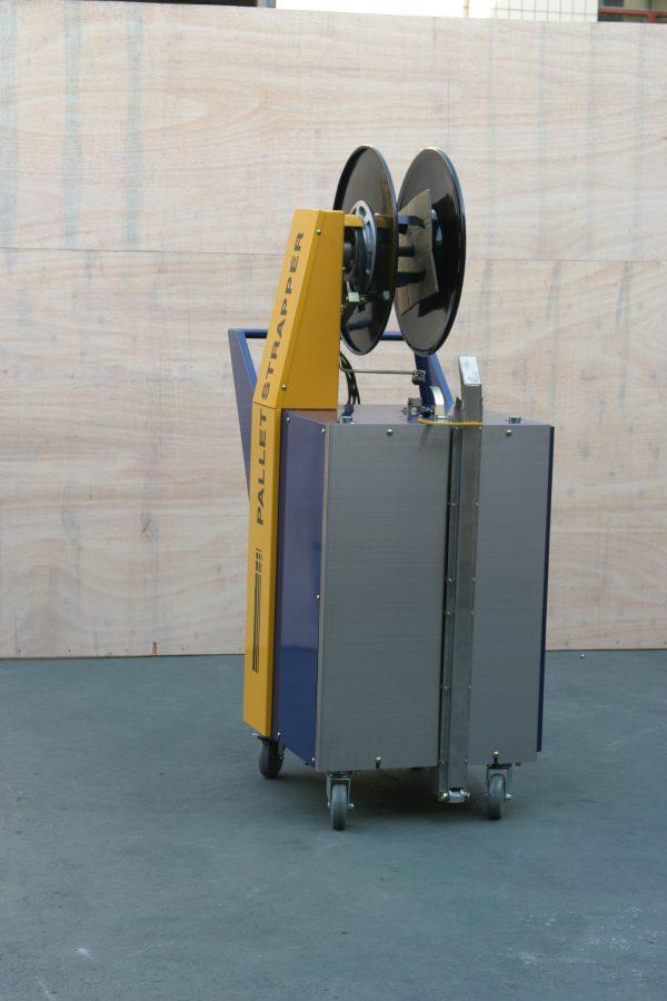 batterystrapping.com-COMBO-Poloatomaticky-paskovaci-stroj-na-palety-lacny